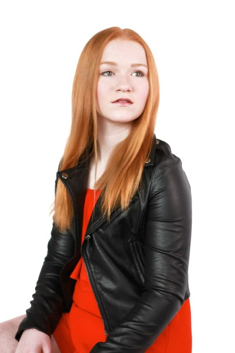 Now Actors - EMILY GIGLIA