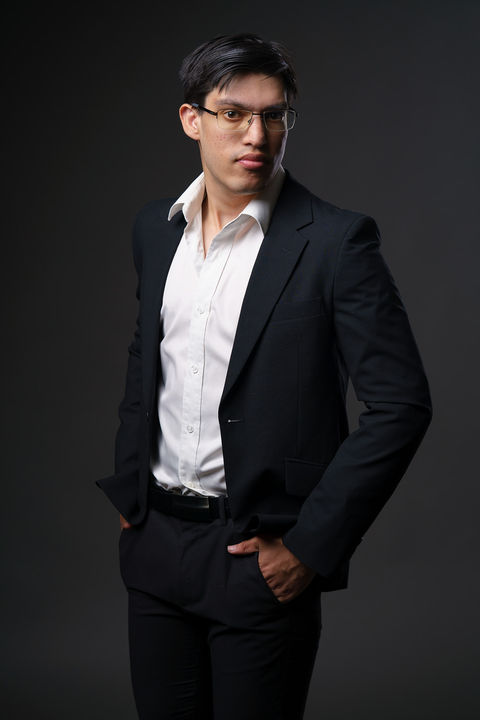 Now Actors - NICHOLAS MADDEVER