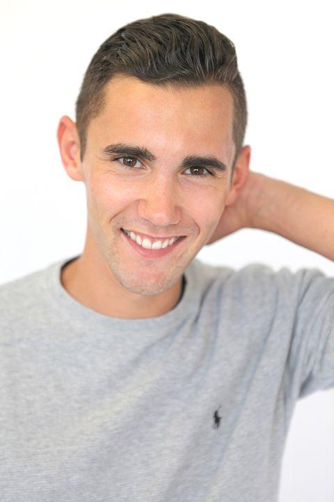 Now Actors - SAM RAWLINGS