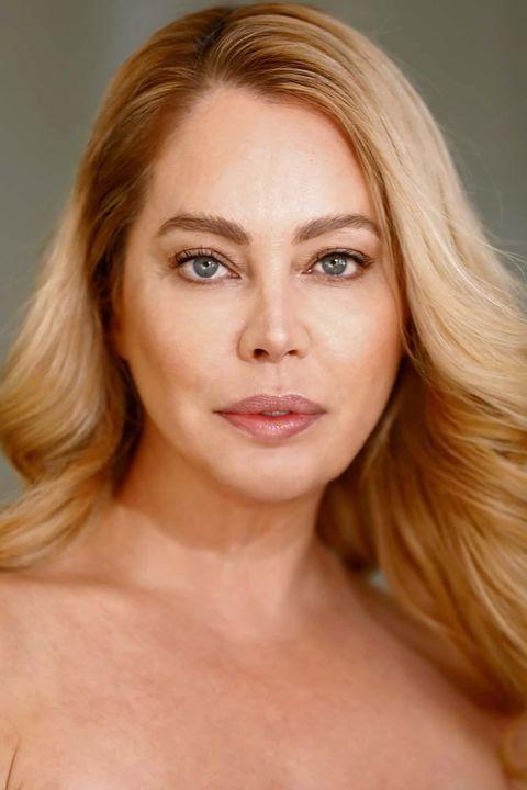 Now Actors - Shelley Johnston