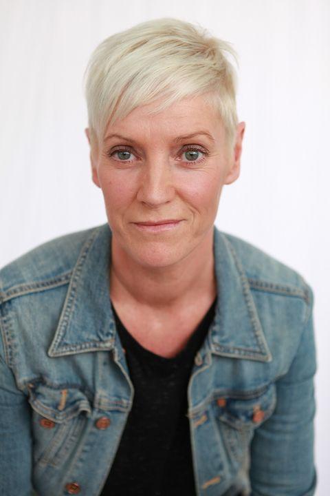 Now Actors - SUZANNE BENNETT