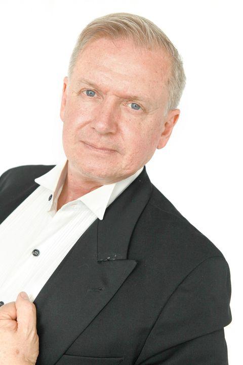 Now Actors - Tim Schoenmakers