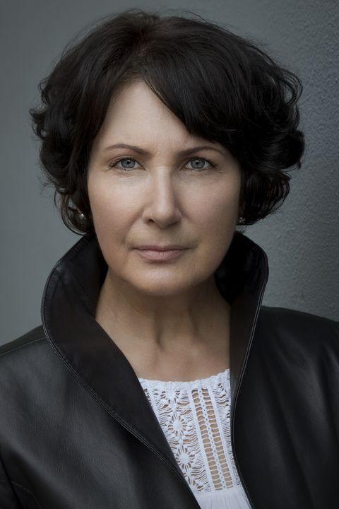 Now Actors - Vee McGuire
